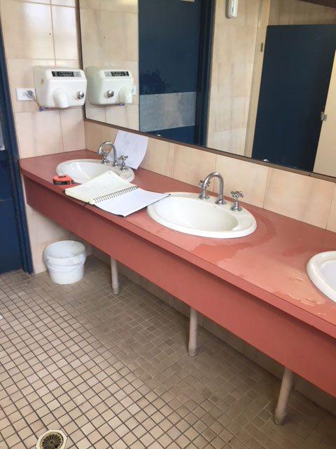 Mariners Cove bathroom before